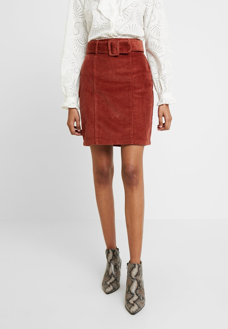Dorothy Perkins - SELF BELT MINI - Mini skirt - tan