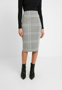 Dorothy Perkins - DOGTOOTH CHAIN PULL ON PENCIL SKIRT - Spódnica ołówkowa  - black - 0