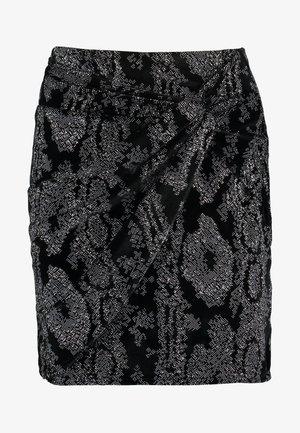 TWIST WRAP LENGTH SKIRT - Pouzdrová sukně - black