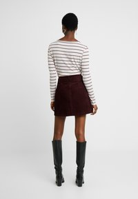 Dorothy Perkins - LOLA SKYE PAPERBAG SKIRT - A-line skirt - oxblood - 2