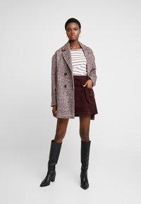 Dorothy Perkins - LOLA SKYE PAPERBAG SKIRT - A-line skirt - oxblood - 1