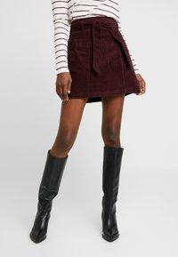 Dorothy Perkins - LOLA SKYE PAPERBAG SKIRT - A-line skirt - oxblood - 0