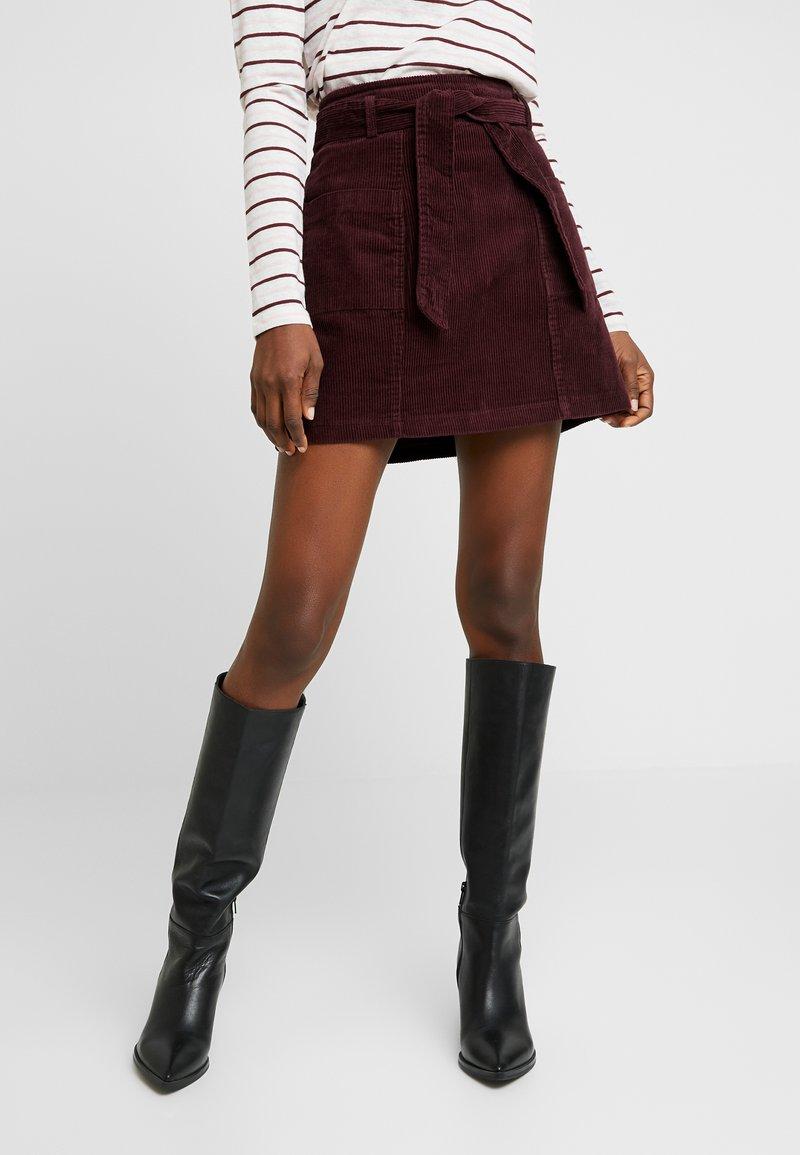 Dorothy Perkins - LOLA SKYE PAPERBAG SKIRT - A-line skirt - oxblood