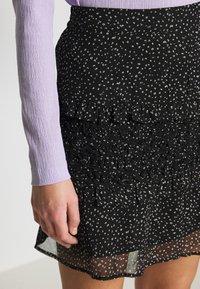 Dorothy Perkins - SQUGGLE PRINT RUFFLE SKIRT - A-line skirt - black - 4