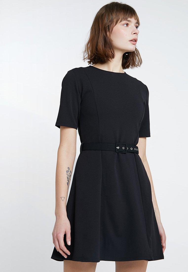 Dorothy Perkins - SELF COVERED BELT - Jersey dress - black