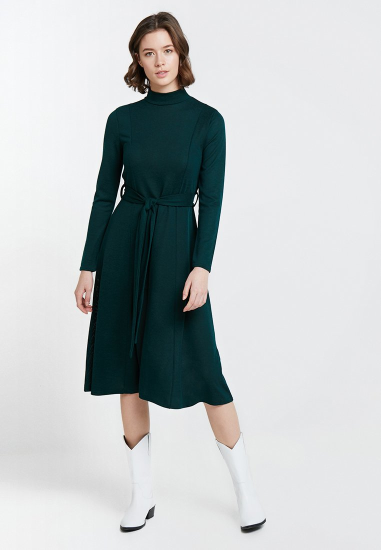 Dorothy Perkins - CUT AND SEW DRESS - Sukienka dzianinowa - green