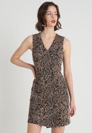 SLEEVELESS SNAKE SHIFT - Shift dress - black/light brown