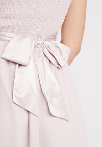 Dorothy Perkins - BETHANY MIDI DRESS - Cocktailklänning - blush - 6