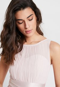 Dorothy Perkins - BETHANY MIDI DRESS - Cocktailklänning - blush - 4