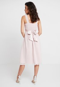 Dorothy Perkins - BETHANY MIDI DRESS - Cocktailklänning - blush - 3