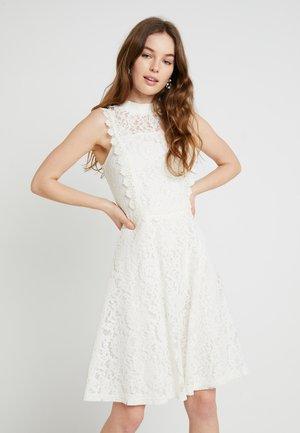 FIT AND FLARE - Koktejlové šaty/ šaty na párty - off white