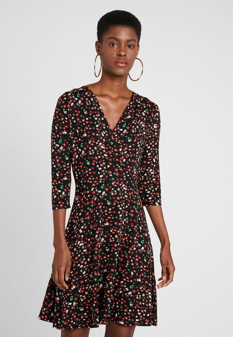 Dorothy Perkins - DITSY DRESS - Jerseykleid - black