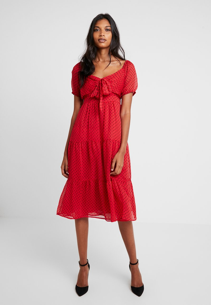 Dorothy Perkins - FLOCKED MIDI - Vestido informal - red/black