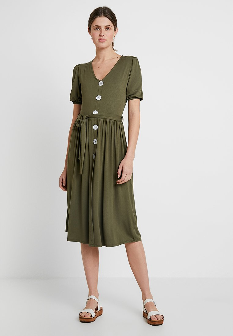 Dorothy Perkins - MOTHER OF PEARL BUTTON MIDI - Jerseykleid - khaki