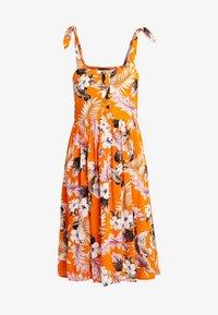 Dorothy Perkins - CRINKLE DRESS - Vapaa-ajan mekko - orange - 4