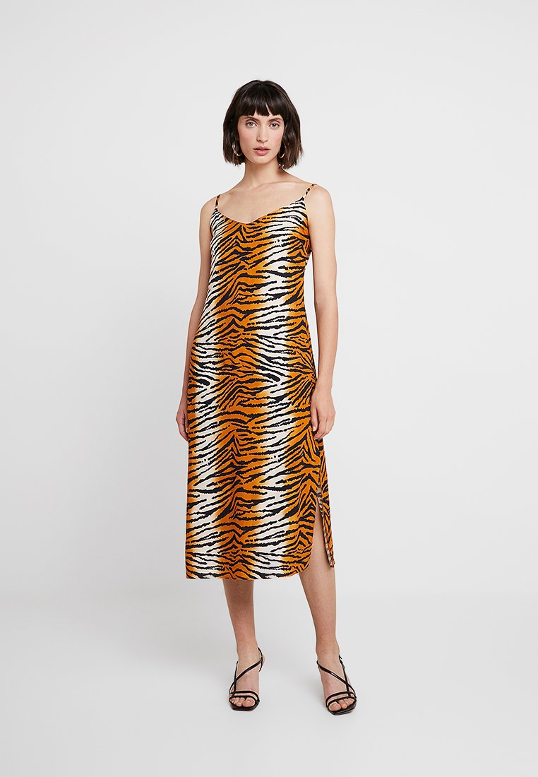 Dorothy Perkins - TIGER PRINT - Maxikleid - orange