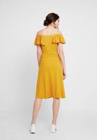 Dorothy Perkins - SPOT BARDOT DRESS - Jerseyklänning - ochre - 3