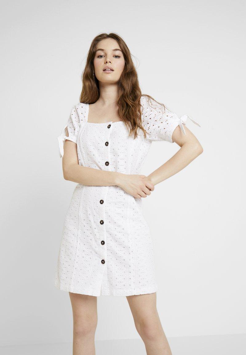 Dorothy Perkins - MILKMAID DRESS - Skjortekjole - white