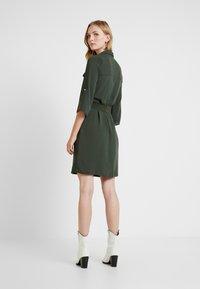 Dorothy Perkins - SHIRT DRESS - Abito a camicia - khaki - 3