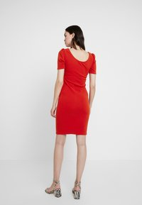 Dorothy Perkins - PUFF SLEEVE BODYCON - Fodralklänning - brick red