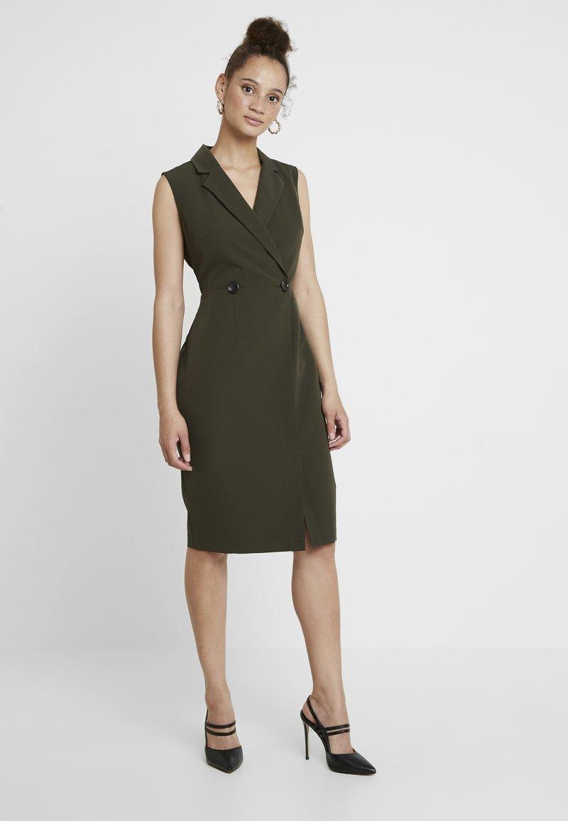 Dorothy Perkins - WRAP TUX SLEEVELESS DRESS - Shift dress - green