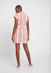 Dorothy Perkins - UTILITY DRESS - Košilové šaty - red - 3