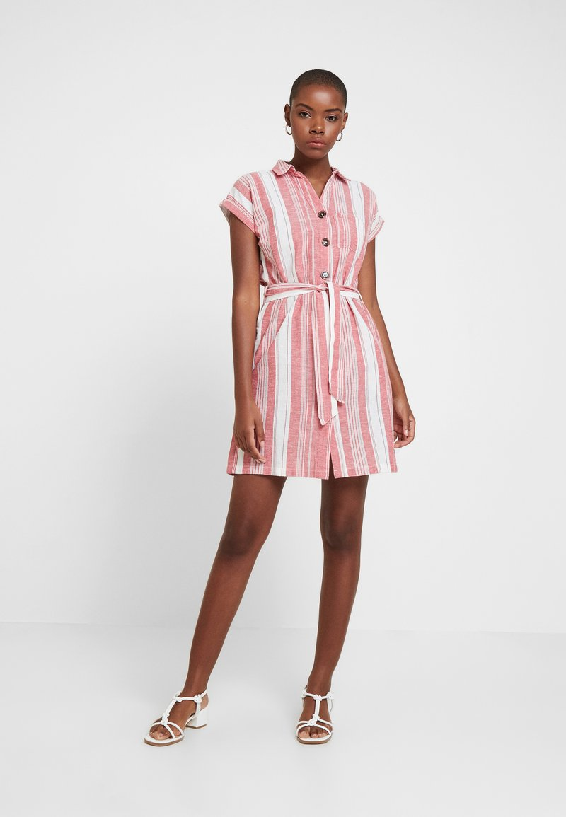 Dorothy Perkins - UTILITY DRESS - Košilové šaty - red