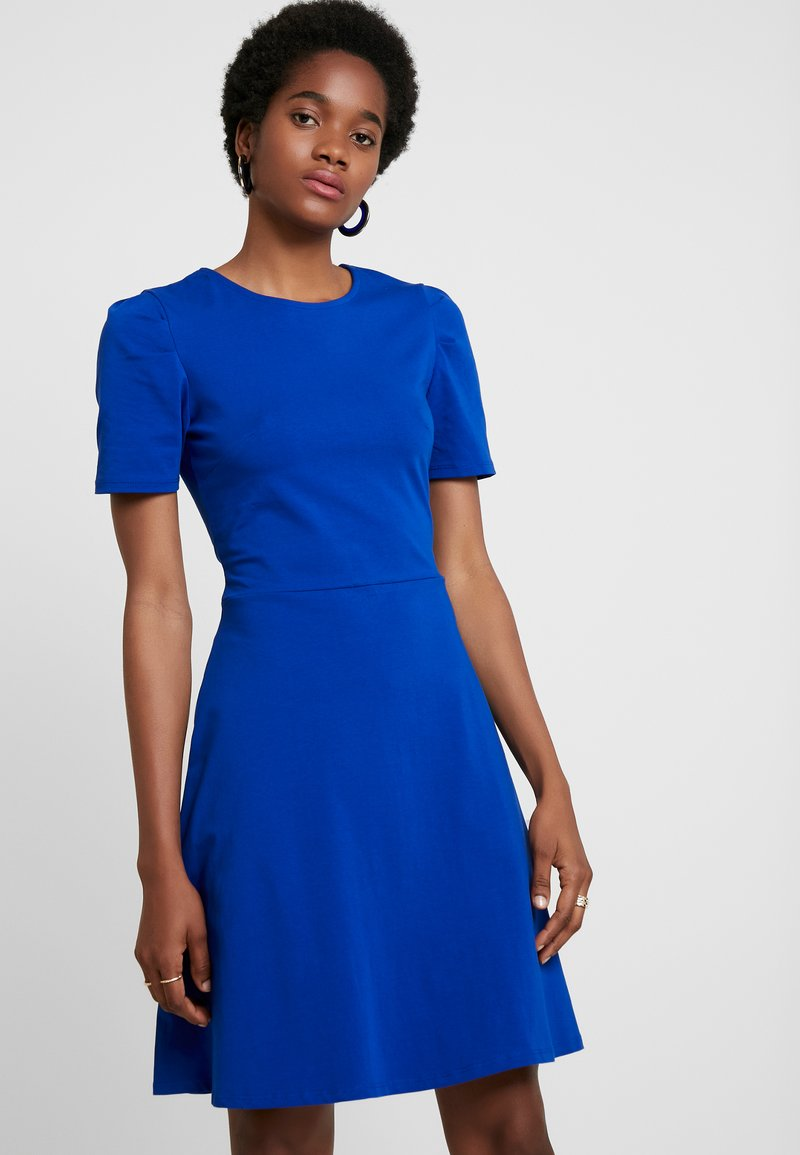 Dorothy Perkins - TUCK SLEEVE FIT AND FLARE - Jerseykleid - blue