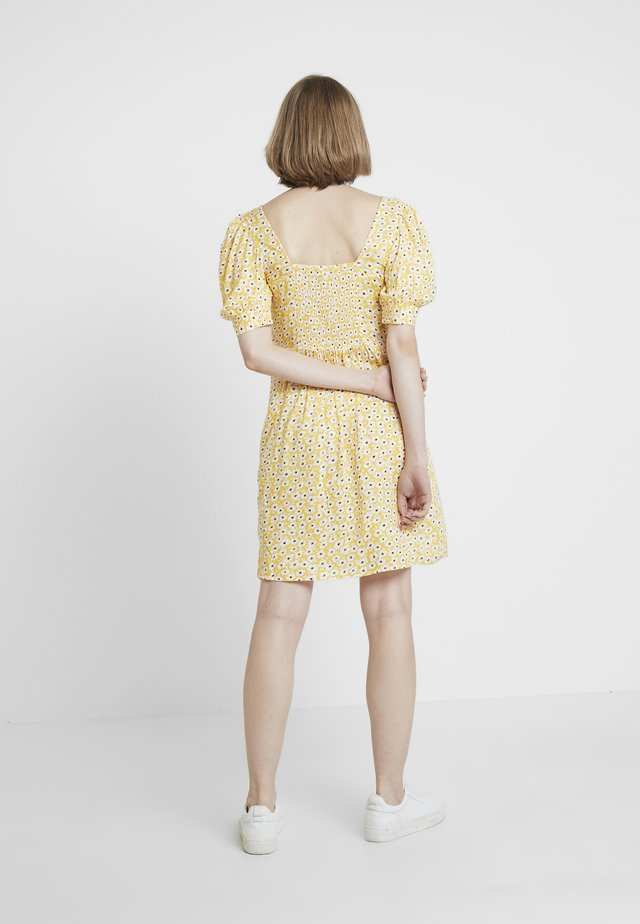 FLORAL DITSY TEA DRESS - Freizeitkleid - sunshine