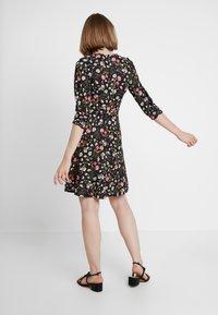 Dorothy Perkins - RUCHED SLEEVE SKATER DRESS - Jerseyklänning - multi coloured - 3