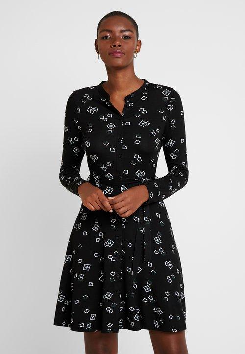 oferta Dorothy Perkins GEO PRINT DRESS - Sukienka letnia - black Odzież Damska Sukienki WADS-CE6