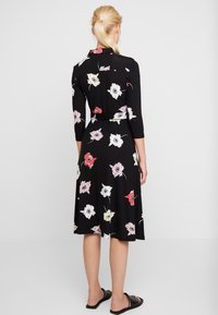 Dorothy Perkins - LARGE FLORAL DRESS - Maxikjole - black - 3