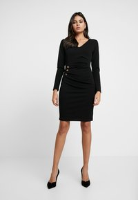 Dorothy Perkins - BUTTON DETAIL BODYCON - Etuikleid - black - 2