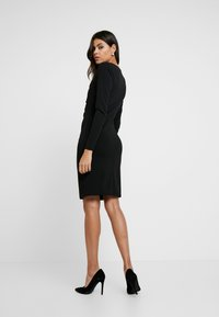 Dorothy Perkins - BUTTON DETAIL BODYCON - Etuikleid - black - 3
