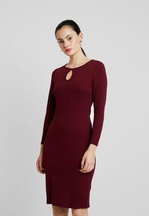 LONG SLEEVE KEYHOLE BODYCON - Pouzdrové šaty - purple