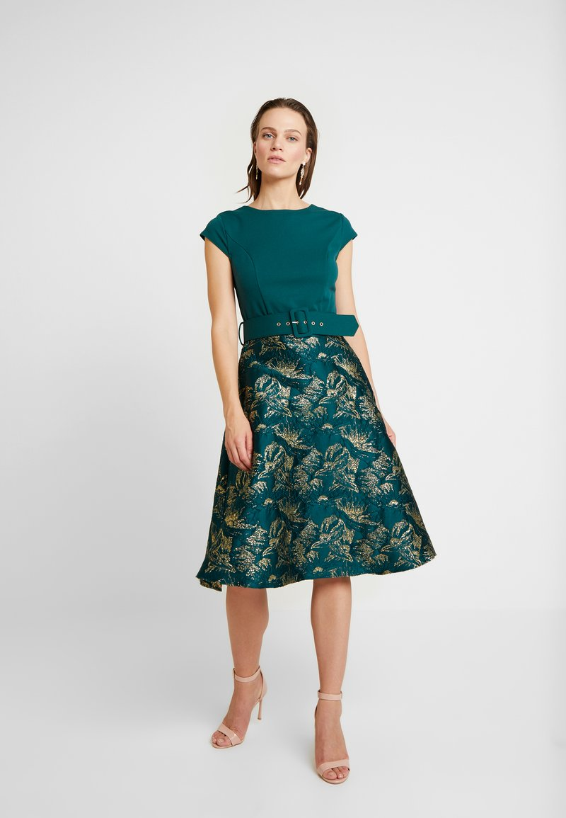 Dorothy Perkins - BODICE BELTED MIDI - Cocktail dress / Party dress - green
