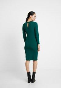 Dorothy Perkins - LONG SLEEVE KEYHOLE BODYCON - Pouzdrové šaty - green - 3