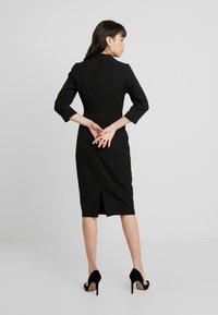 Dorothy Perkins - SLEEVE V NECK DRESS - Pouzdrové šaty - black - 3