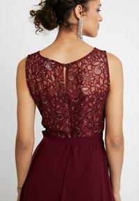 Dorothy Perkins - HANKY MIDI DRESS - Robe de soirée - berry - 5