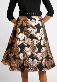Dorothy Perkins - BARDOT SOLID BODICE BELTED DRESS - Cocktail dress / Party dress - black - 6