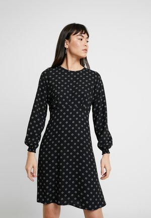 GEO EMPIRE LINE PLEAT NECK - Vapaa-ajan mekko - black