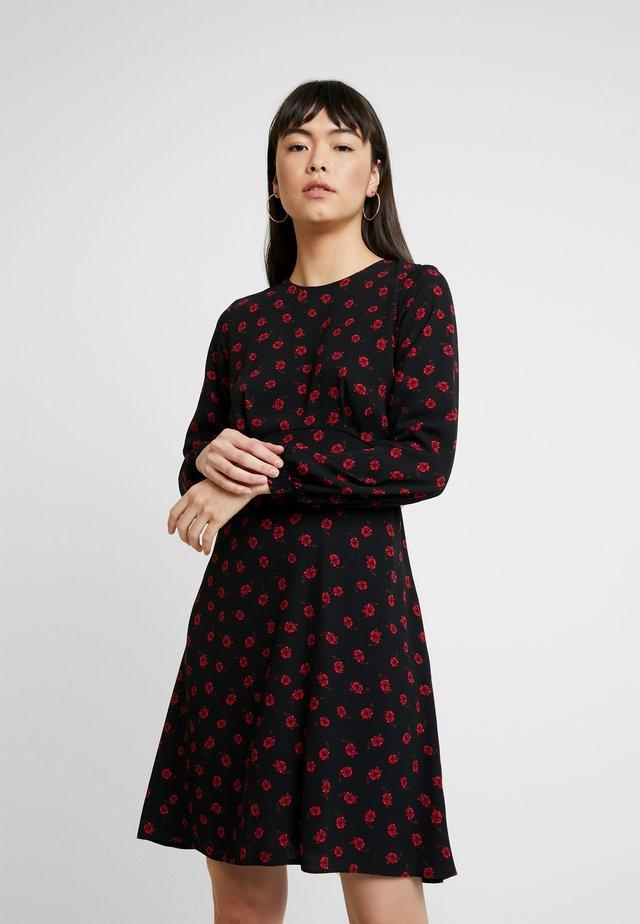 ROSE FLORAL FIT AND FLARE - Denní šaty - black