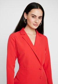 Dorothy Perkins - BLAZER DRESS - Pouzdrové šaty - red - 5