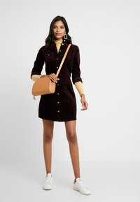 Dorothy Perkins - DRESS - Vestido camisero - purple - 1