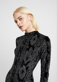 Dorothy Perkins - GLITTER HIGH NECK BODYCON - Pouzdrové šaty - black - 4