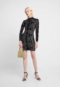 Dorothy Perkins - GLITTER HIGH NECK BODYCON - Pouzdrové šaty - black - 2