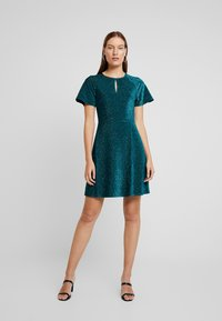 Dorothy Perkins - KEYHOLE FIT AND FLARE - Jerseyjurk - teal - 1
