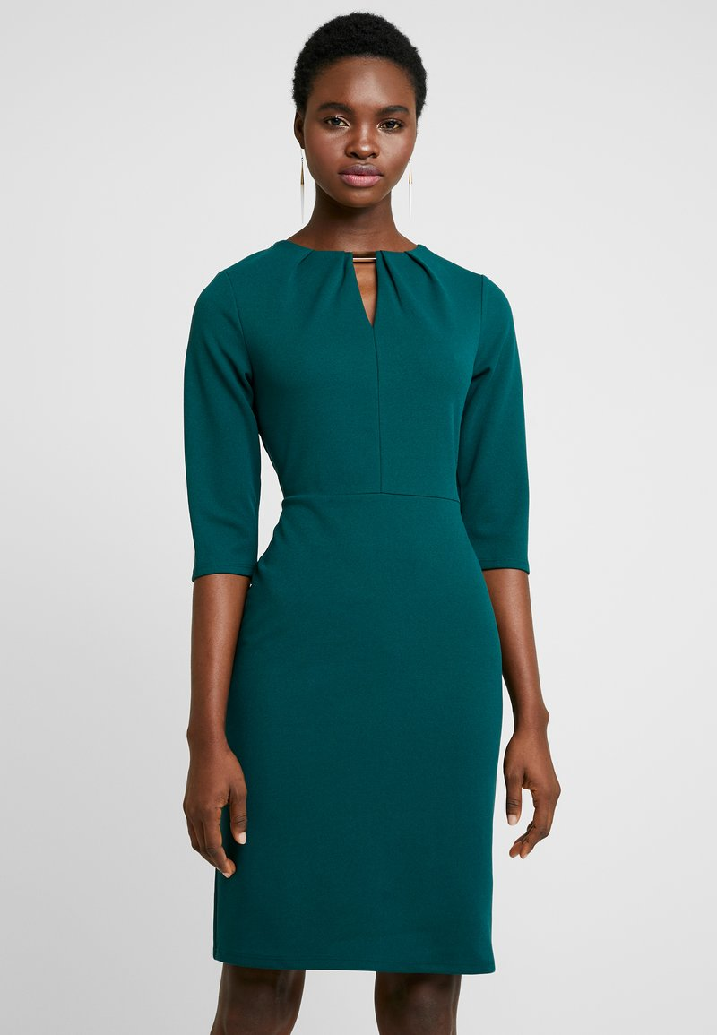 Dorothy Perkins - HARDWEAR PLEAT NECK BODYCON - Etuikleid - green