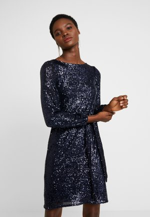 SEQUIN LONG SLEEVE FIT AND FLARE - Vestido de cóctel - navy