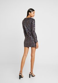 Dorothy Perkins - LOLA SKYE PLUNGE SEQUIN BODYCON - Vestido de cóctel - multi coloured - 2